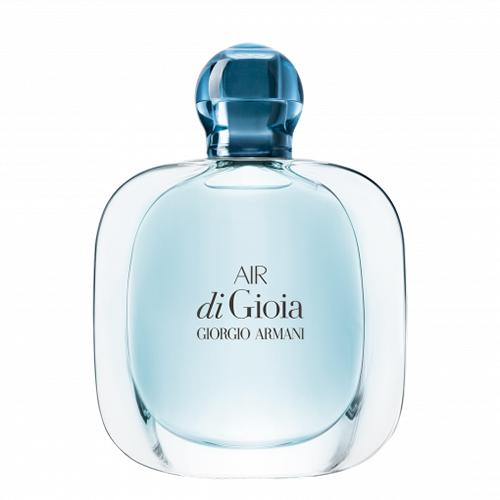 Парфюмерная вода GIORGIO ARMANI AIR DI GIOIA жен. 30 млЖенская<br>Воздух, чтобы дышать. Вода, чтобы освежать. Солнце, чтобы сиять.<br>3 аромата для воссоединения с природой, дарящие радость и счастье. Первоначальный парфюм и два новых аромата, создающие коллекцию Gioia, переносят к основным стихиям природы. Сила воды, запечатленная в Acqua di Gioia, нашла свое продолжение в лучезарной радости аромата Sun di Gioia и в живительной силе воздуха цветочного парфюма Air di Gioia.<br>Обонятельная симфония нового женского аромата - итальянская мелодия нероли и мандарина, цветочно-соленый припев создают нотки пиона, иланг-иланга и флердоранжа. Базовые древесные аккорды пачули и кашемира оттеняются нотками мха. Эйфория природы, свободная и волнующая, как самый чистый, самый свежий воздух.<br>