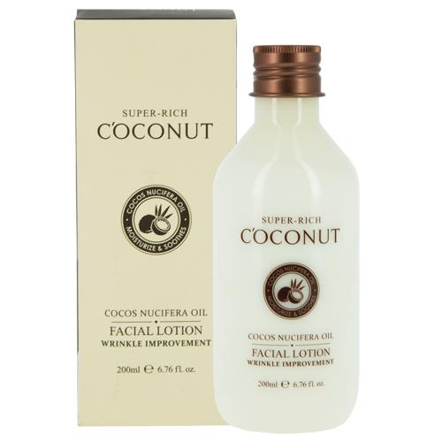 Лосьон для лица `ESFOLIO` SUPER-RICH COCONUT  200 млТоники и молочко<br>Питательное кокосовое масло повышает эластичность кожи, делая ее упругой. Экстракт портулака и масло ши воздействуют на глубокие и поверхностные возрастные изменения, делая рельеф более гладким. Благодаря сходству с молекулами кожного жира входящий в состав сквалан легко впитывается в липидный слой, на глубоком уровне увлажняет обезвоженную сухую кожу. Стимулируя клеточный метаболизм экстракт гамамелиса и папаи возвращают лицу свежий отдохнувший вид.<br>