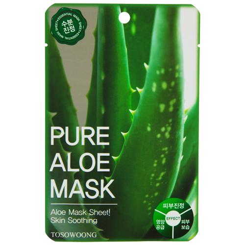 Маска для лица `TOSOWOONG` с экстрактом алоэ 23 гМаски<br>Маска глубоко увлажняет и питает кожу лица, благодаря экстракту алоэ, который заметно успокаивает раздраженную, чувствительную кожу. Экстракт алоэ оказывает эффективное воздействие на все типы кожи: сухую - смягчает, чувствительную - защищает, жирную – очищает. Экстракт алоэ активно способствует обновлению клеток, повышает эластичность и отлично тонизирует кожу.<br>Пропитанная эссенцией маска идеально прилегает к коже лица, что позволяет полезным ингредиентам легко проникать в клетки эпидермиса.<br>
