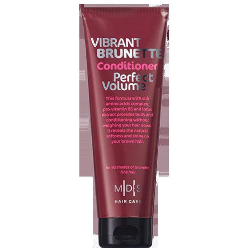 Кондиционер для волос MADES VIBRANT BRUNETTE PERFECT VOLUME Яркий брюнет 250 млБальзамы и ополаскиватели<br>Для объема темных волос – натуральных или окрашенных<br>Невесомая ухаживающая формула кондиционера с комплексом аминокислот шелка, провитамином B5 и экстрактом лотоса помогает придать волосам заметный объем и сияние! Ваши волосы вновь мягкие и послушные, сияют здоровьем, а их цвет подчеркнут.<br>