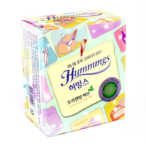 Прокладки `HUMMINGS` Хёрбал 10 штПрокладки<br>Гигиенические прокладки с экстрактами трав и дополнительным аппликатором для ультрабыстрой и надежной впитываемости. Ультратонкие, натуральная гипоаллергенная поверхность, повторяет форму тела, быстрая впитываемость, нейтрализация запахов.<br>