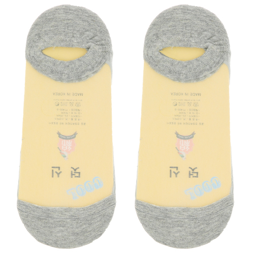 Носки женские `SOCKS` капрон серо-голубые р-р единыйГольфы и носки<br>Цветные носки определяют стиль. Их носят все, кто хочет выглядеть модно и необычно, потому что они создают настроение! Их можно носить на работу со строгим дресс-кодом и в компанию, где любят и предпочитают яркую и необычную одежду. Модные носки подходят и для серых будней, и для праздников. В ярких цветных носках вы всегда будете выглядеть интересно.<br>